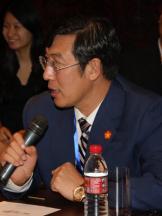 亿阳集团董事长邓伟