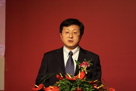 图文:中组部干部教育局副局长张福根致辞