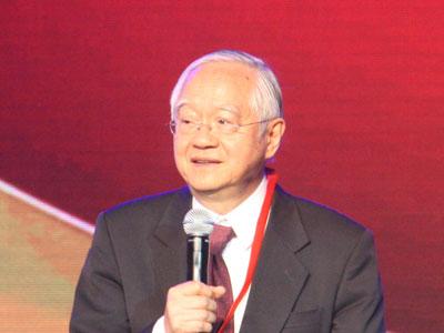 图文:国务院高级研究员吴敬琏发表感言
