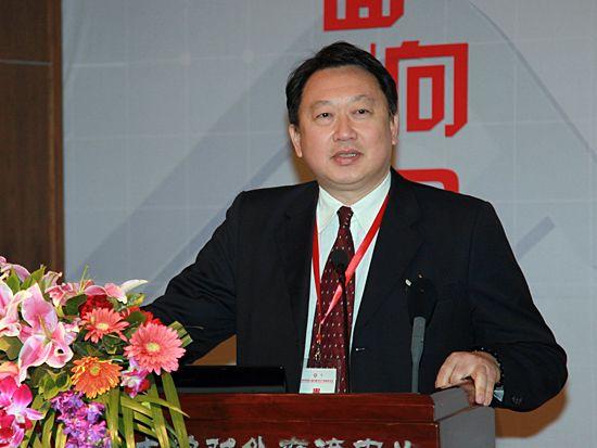 """""""第八届中国文化产业新年论坛""""于2011年1月8日-9日在北京召开。上图为上海交通大学媒体与设计学院教授、东森电视公司董事赵怡。(图片来源:新浪财经 梁斌 摄)"""