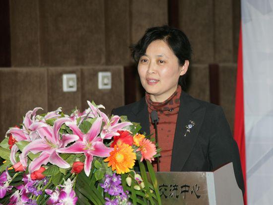 """""""第八届中国文化产业新年论坛""""于2011年1月8日-9日在北京召开。上图为北京大学法学院教授张平。(资料图片)"""
