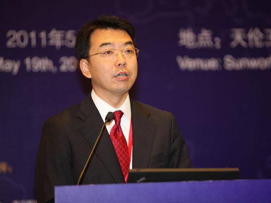 """""""2011中国金融高峰论坛""""于2011年5月18日-19日在北京举行。上图为长江租赁有限公司总经理高传义。(图片来源:新浪财经 梁斌 摄)"""