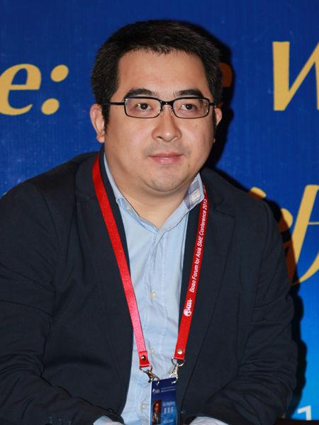 """""""博鳌亚洲论坛2013年中小企业发展论坛""""于2013年1月16日-19日在海南博鳌召开。上图为新浪市场部、商业频道运营部总经理葛景栋。(图片来源:新浪财经 梁斌 摄)"""