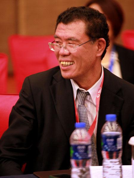 """""""亚布力中国企业家论坛2013年夏季高峰会""""于2013年8月23日-25日在合肥举行。上图为北京首都创业集团有限公司董事长刘晓光。(图片来源:新浪财经 梁斌 摄)"""