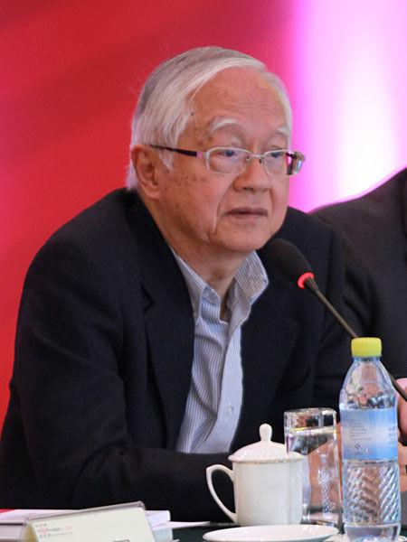 吴敬琏:中国经济今年将非常困难 房价还会涨|吴