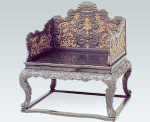 清代宫廷御用紫檀木家具