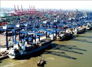 天津港码头