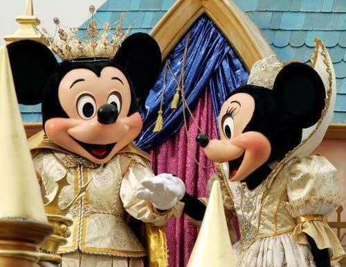 上海迪士尼将在2015年建成开放 避免香港模式