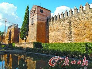 科尔多瓦:西班牙花迷宫(组图)