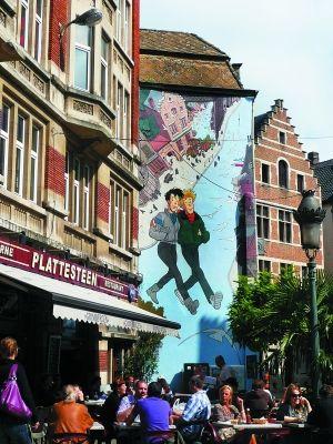 比利时:遍地蓝精灵(图)