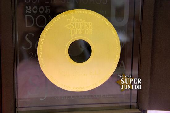 价值60万的纯金唱片