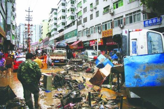 洪水过后的南江县城 图片由徐刘洋提供