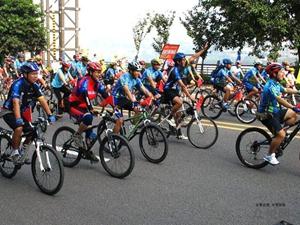 无车日北京三区禁行车 骑行爱好者开启绿色之旅