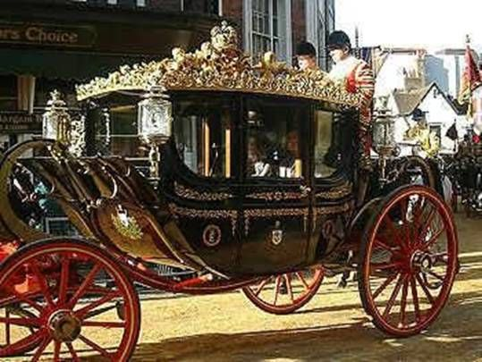 丹麦女王访英乘坐皇家马车