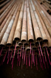 图文:工人数钢管的独特办法