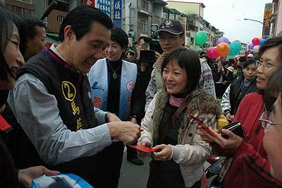 """解读台湾选举词典:""""奥步""""即代表阴招"""