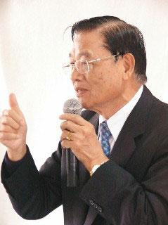 江丙坤6月访大陆签订两岸周末包机协议