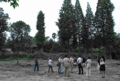 """关于""""拉住孩子的手""""项目在雅安建校的计划"""