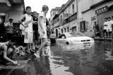 江西69个县市出现暴雨 紧急转移近6万人(组图)
