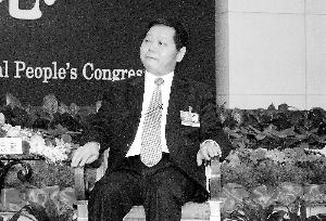 市长许宗衡:深圳去年903家企业倒闭