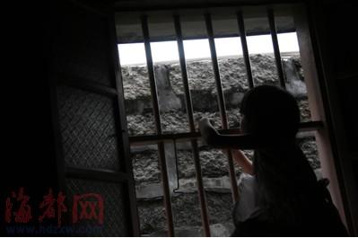 漳浦:15岁少女惨遭兽父霸占三年 母亲劝说遭毒
