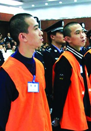 张波张涛涉黑案庭审直击:哥哥为弟弟开脱罪责