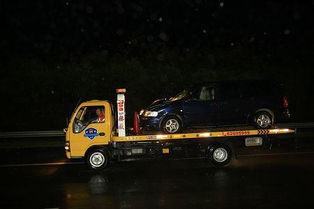 上海暴雨引发特大交通事故5车相撞7死7伤