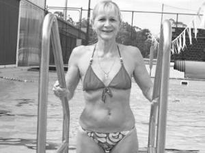 性感老妇_岁老妇莱拉竟击败众多同龄参赛者,一举当选为澳大利亚\