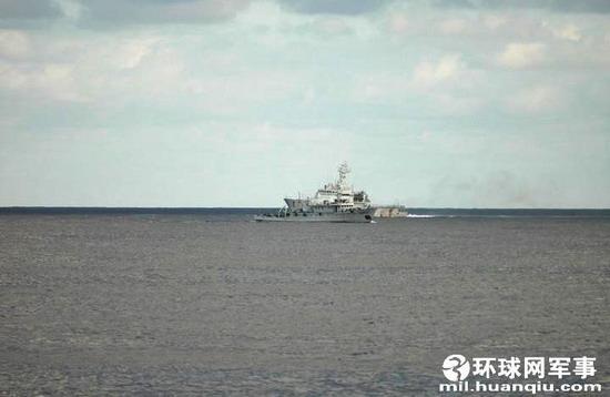 周三 大陆渔政船继续巡航钓鱼岛遇台保钓船