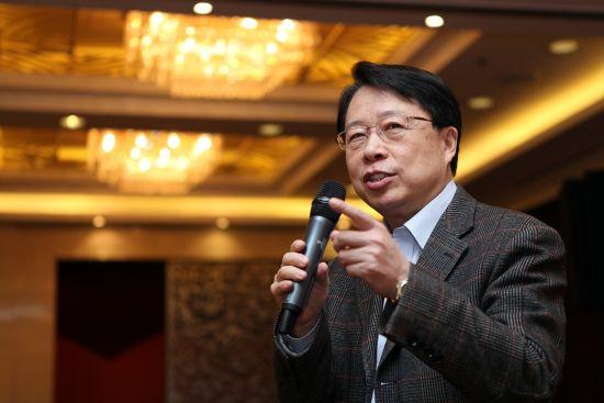 中央统战部副部长、全国政协副秘 书长陈喜庆