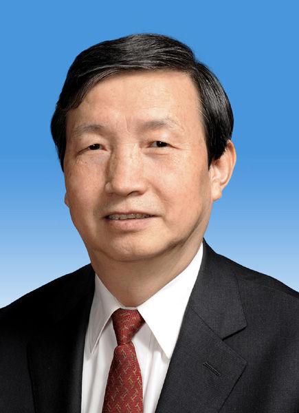 中央政治局委员马凯同志