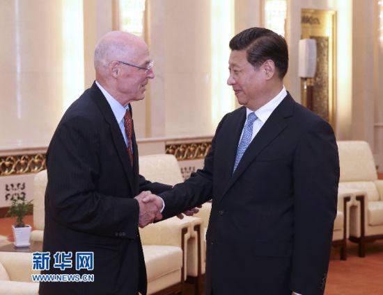 7月2日,国家主席习近平在北京人民大会堂会见美国前财长保尔森。 新华社记者 庞兴雷 摄