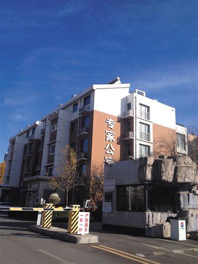 马超群母亲张桂英的一处房产,位于秦皇岛开发区专家公寓内,该房产为马家巨款、黄金藏匿处。新京报记者 萧辉 摄