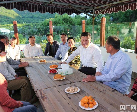 习近平在浙江舟山考察时指出,美丽中国要靠美丽乡村打基础。