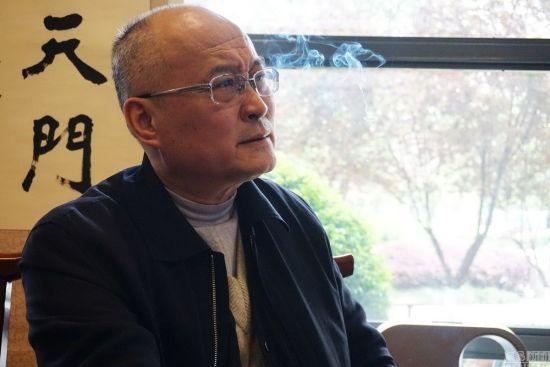 湖北贪官提前10年出狱 狱中出版4本著作(图)