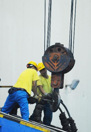 图文:四川灾区各企业积极开展生产自救