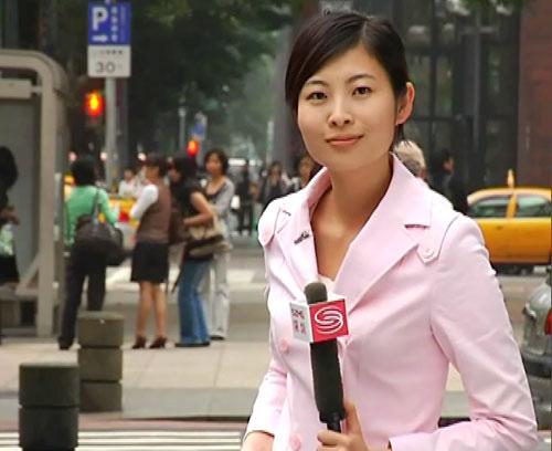 图文:深圳卫视《直播港澳台》记者范绮明