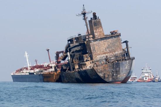 马来西亚在我国出事油轮内发现2具遗体