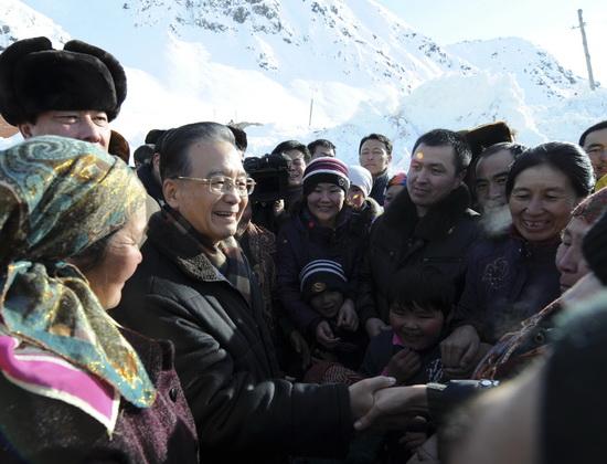 新疆140余万人遭雪灾13人死亡(组图)