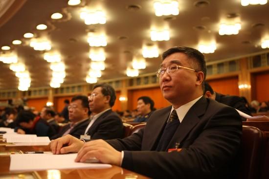 图文:全国政协十一届三次会议举行第四次会议