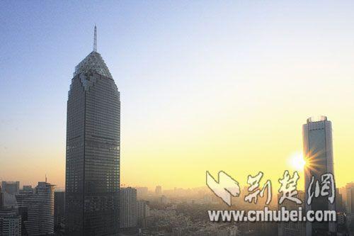 高325米的华中第一高楼今正式启用