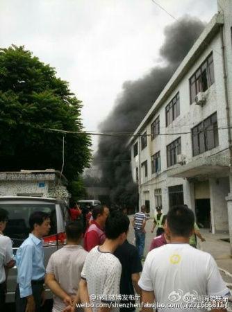 宝安区松岗溪头市场旁边一工厂发生爆炸