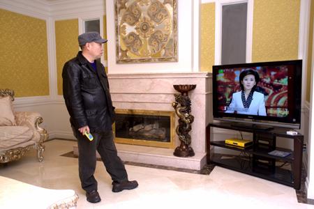 评论家称妻儿回国是赖昌星内心反映