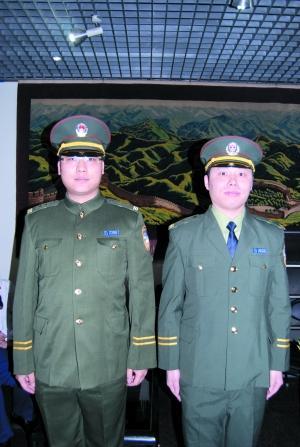 中国公安警服_市公安局在警察博物馆展示了新中国成立以来8套不同时期的制式警服
