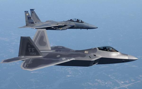 美国宣布无限期停飞f 22猛禽战斗机