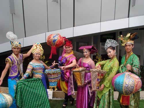 新加坡馆添新亮点 多元舞蹈演绎文化交融(组图)