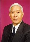 组图:陈灏珠院士为《大众医学》60周年庆题词