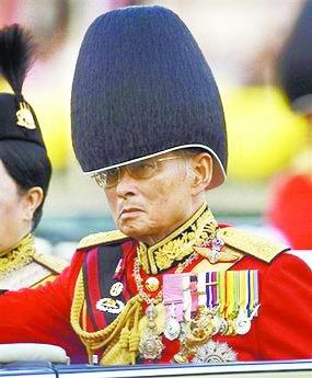 泰国国王发烧目前病情稳定