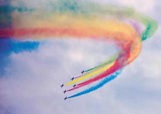 魔术气球彩虹图解步骤