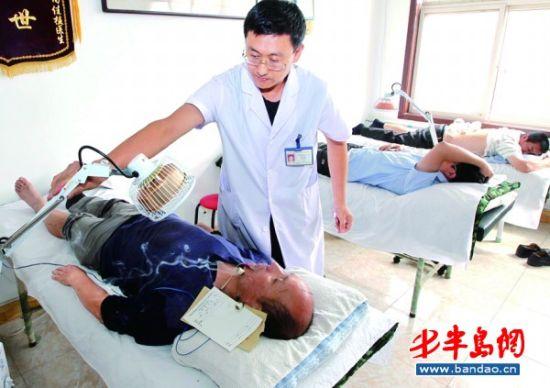 李沧区国医馆试运营全方位地为社区居民服务
